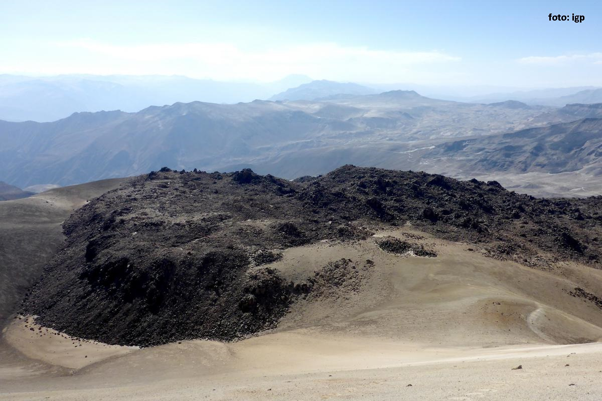 Técnicos de Ingemmet realizaron monitoreo del Volcán Ticsani. (AUDIO)