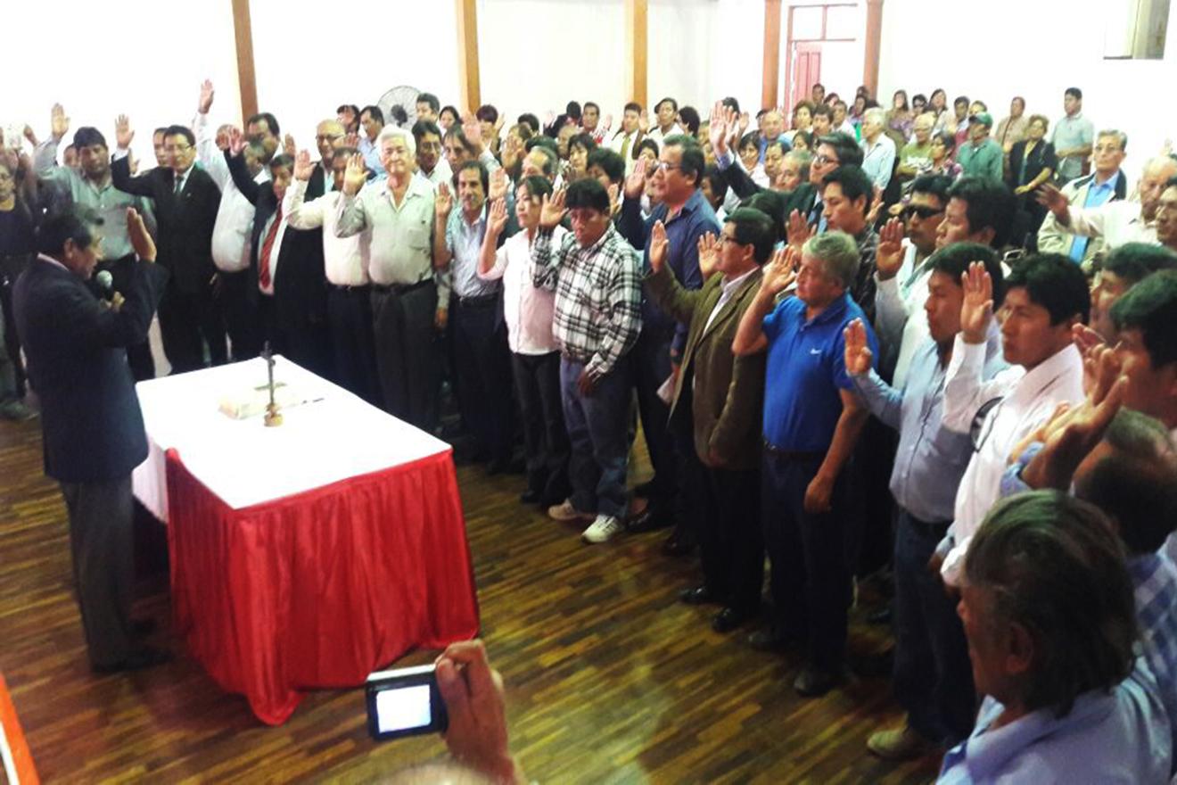 """Hugo Quispe agasajó a los trabajadores de MPMN: """"Conocemos de personas que están trabajando aquí, que están impulsando invasiones"""". (AUDIO)"""