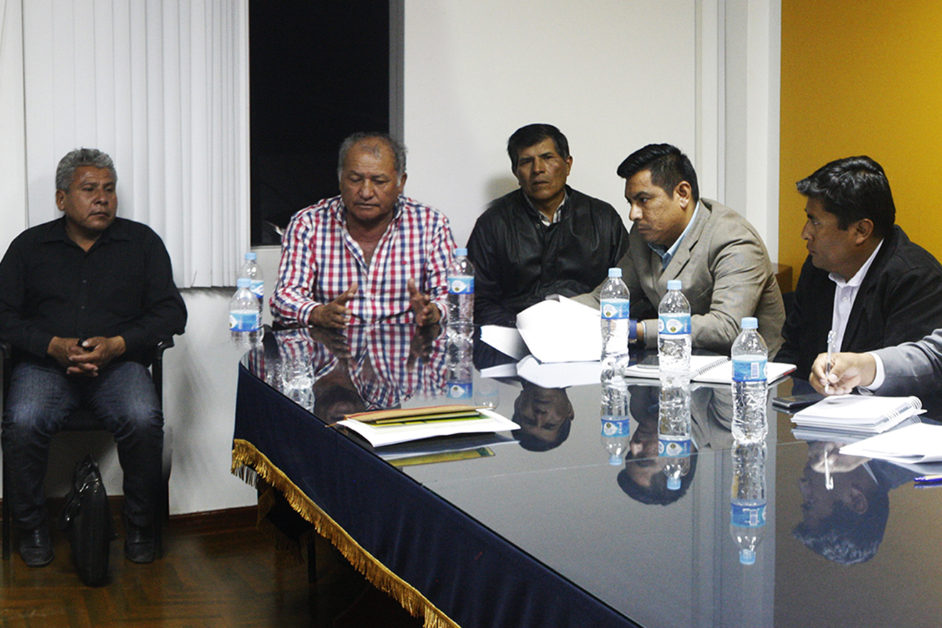 Todo sobre la reunión entre el Gobernador Regional y alcaldes de Sanchéz Cerro. (AUDIOS)