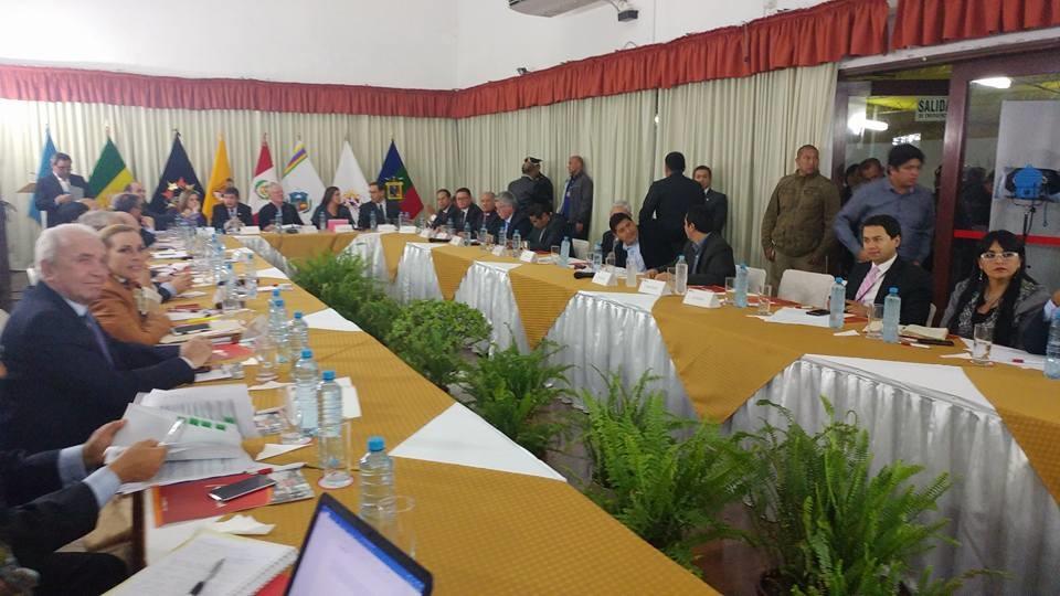 Gobernador de Moquegua solicita a PPK presupuesto para obras.