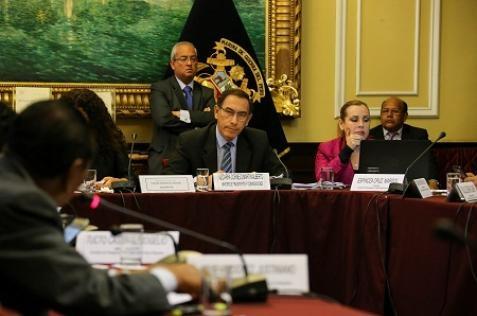 Martín Vizcarra anuncia inversión de diez mil millones en el 2017.