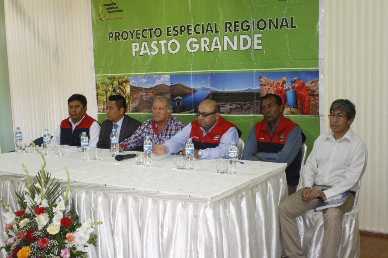 Pasto Grande invita a dirigentes de Tambo a visitar represa.