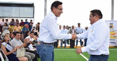 Alcalde Cárdenas mostró absoluto respaldo a presidente Vizcarra ante moción de vacancia.