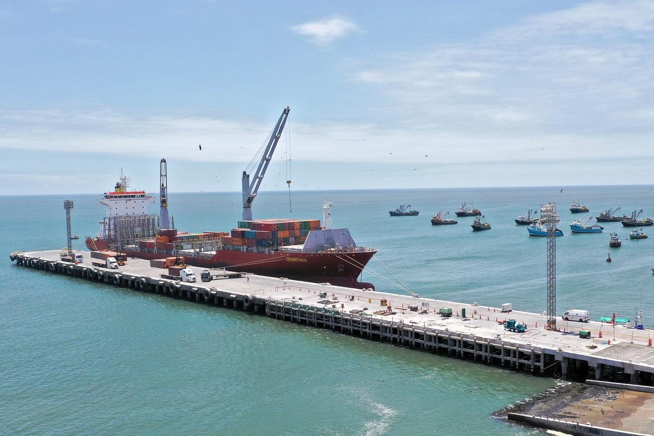 Puerto de Ilo implementará sistema que reducirá días de cierre e incrementará su productividad.