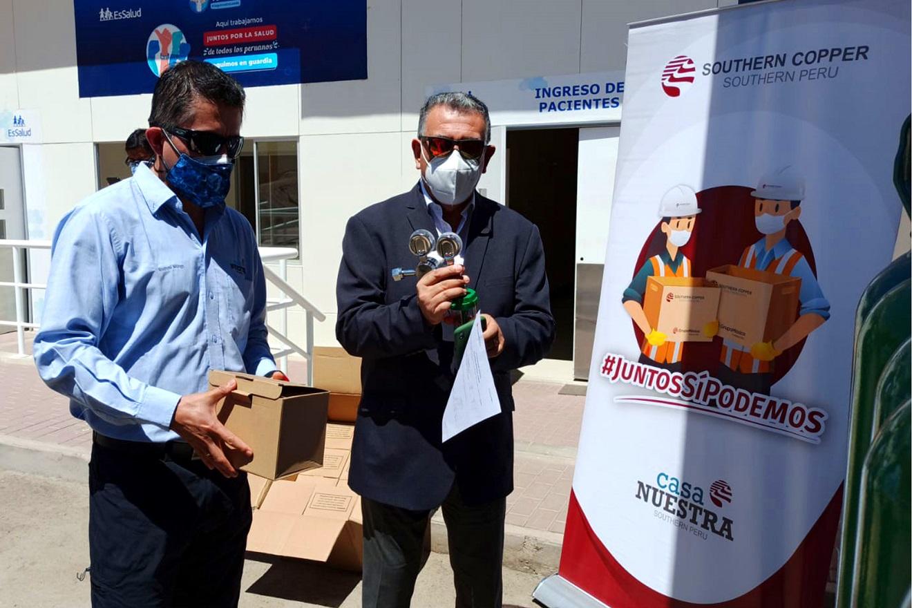 Southern entregó implementos y balones de oxígeno a Salud Moquegua