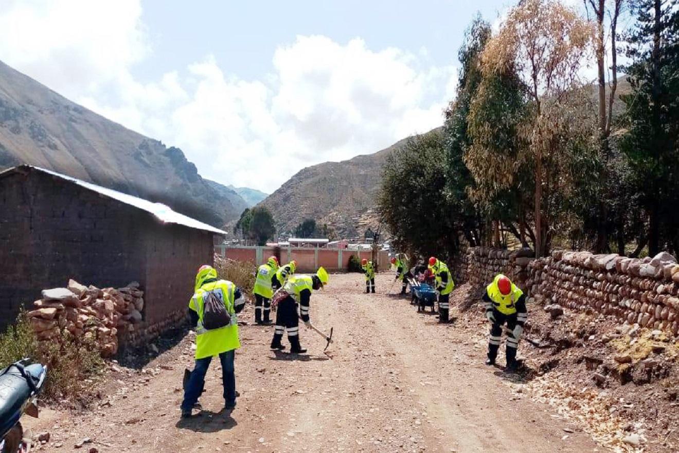 Gobierno Regional Moquegua ejecuta mantenimiento de siete vías en provincias de Mariscal Nieto y General Sánchez Cerro