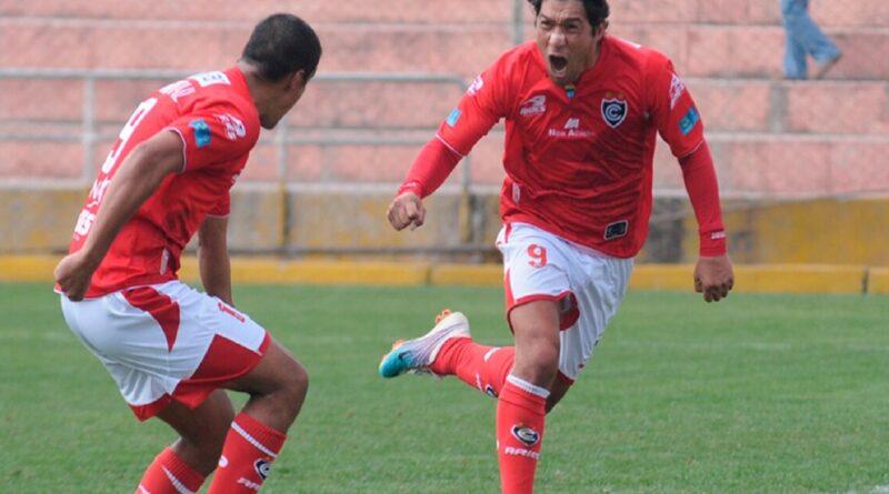 Miguel Mostto: «La selección tiene que ir buscando alternativas, para reemplazar a jugadores importantes»