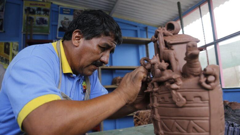 """Iniciaron inscripciones: artesanos podrán postular y obtener la Medalla """"Joaquín López Antay"""""""