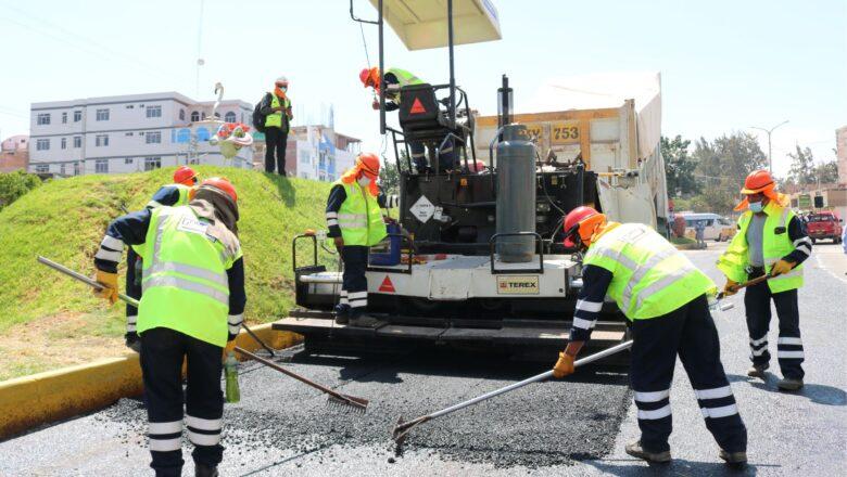 MPMN inició la obra de asfaltado en caliente de 13 Km