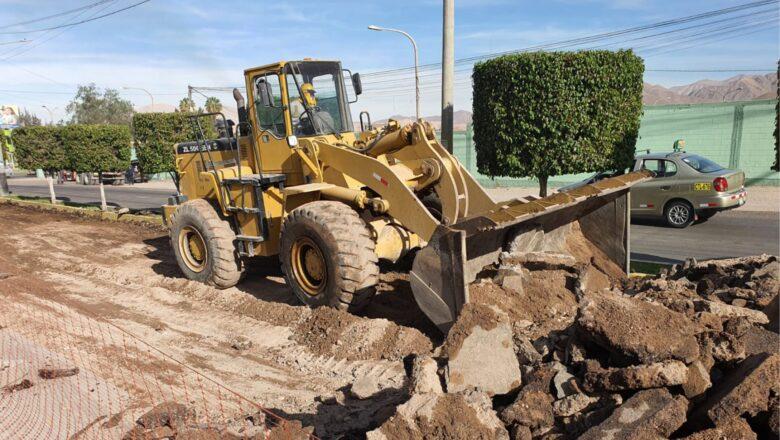 MPMN intensifica los trabajos de colocación de asfalto en caliente de 13 Km. de vía.